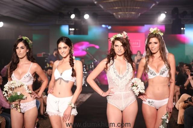 Models walk the ramp at IIFW (2)_Season_1