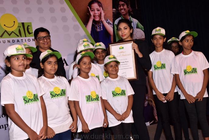 Prernaa Arora with the Smile foundation Kids.