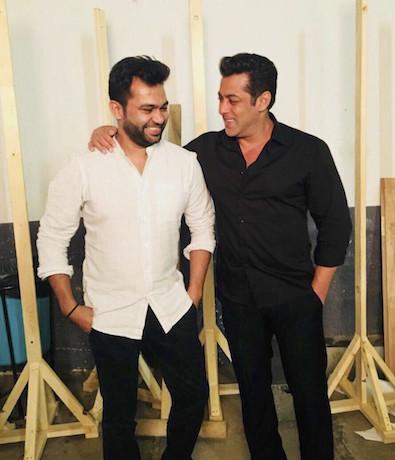 On Salman Khan's birthday, T-Series Bhushan Kumar and Atul Agnihotri announce their collaboration to produce Salman Khan-starrer Bharat to be directed by Ali Abbas Zafar.