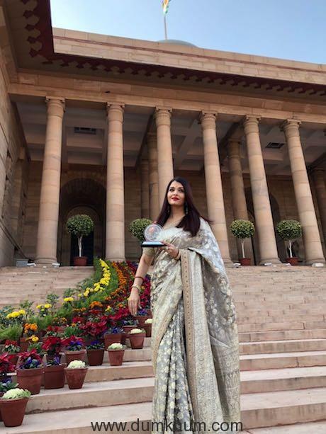 Aishwarya Rai Bachchan honored by President of India in Delhi today