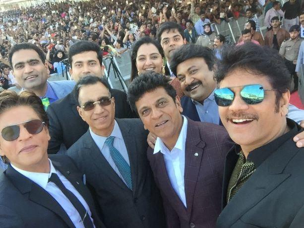 SRK wishes Kalyan Jewellers much love in Amit ji's Voice