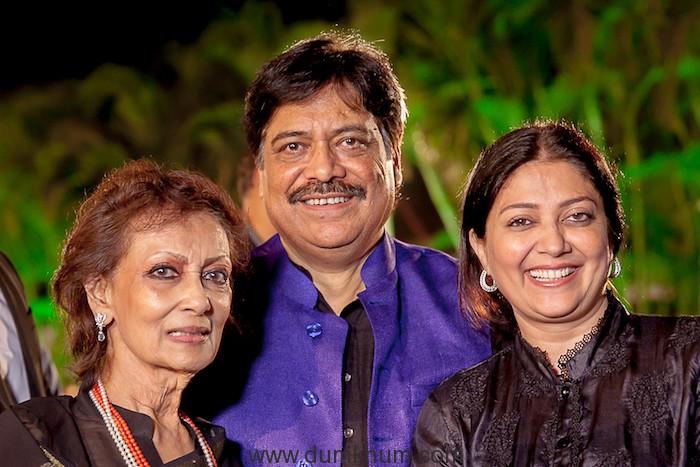 Jagjit Singh's 77th birthday celebration event --1