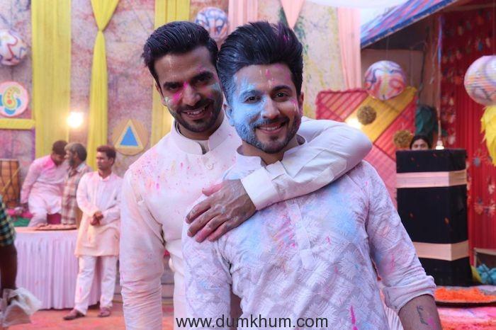 Manit and Dheeraj- Holi special episdoe