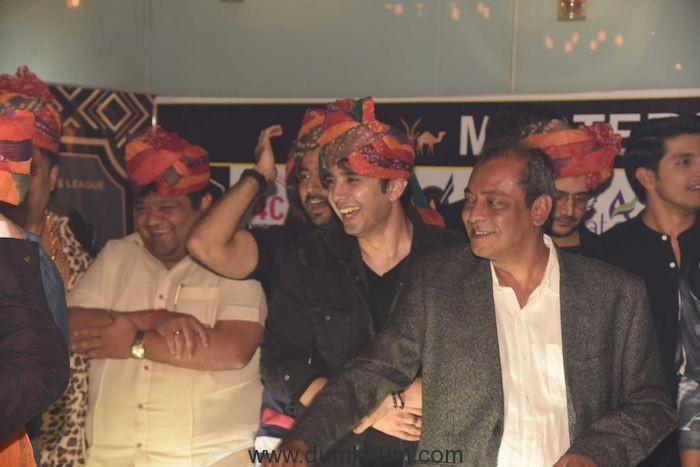 Owner Amin Pawar with team Captain Tanuj Virwani
