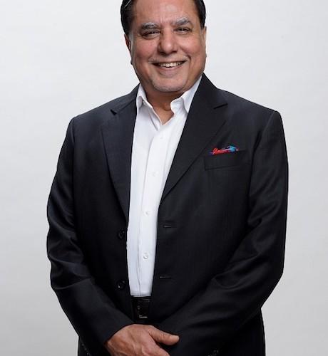 Shri. Subhash Chandra wins 'Entrepreneur of the Decade' Award