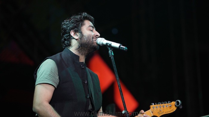 ARIJIT SINGH'S INDIA TOUR IS A ROARING SUCCESS !