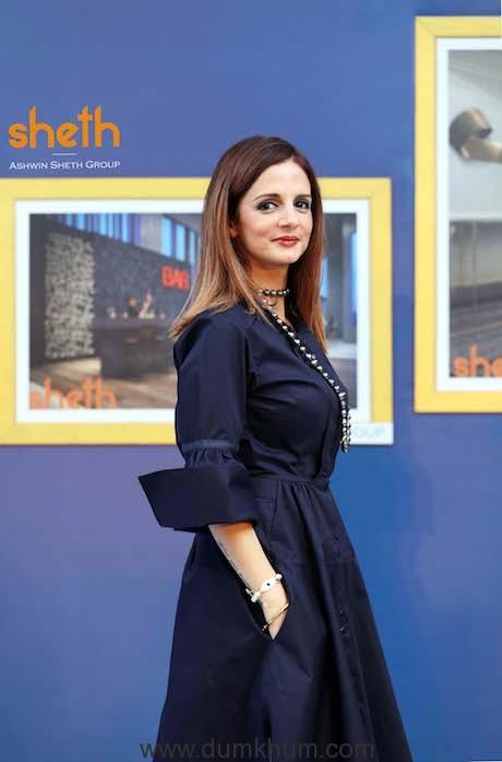 Celebrity designer Sussanne Khan with her rendered images of Sheth Avalo...