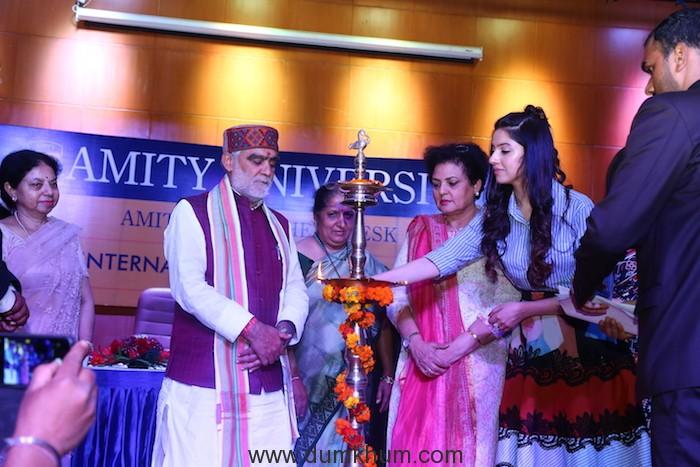 Divya Khosla Kumar rallies audience on female hygiene at She Wings' International Women's Week conference -3