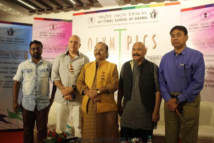 Navid Inamdar, Aswin Gidwani, Prof Waman Kendre, Ashok Banthia, Mr A.K Barua