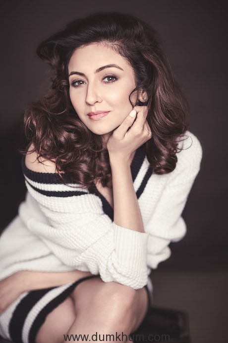 Divas Saumya Tandon and Ragini Khanna Join The Entertainment Ki Raat Bandwagon