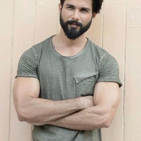 Shahid Kapoor to play the lead in Hindi remake of Telugu hit Arjun Reddy