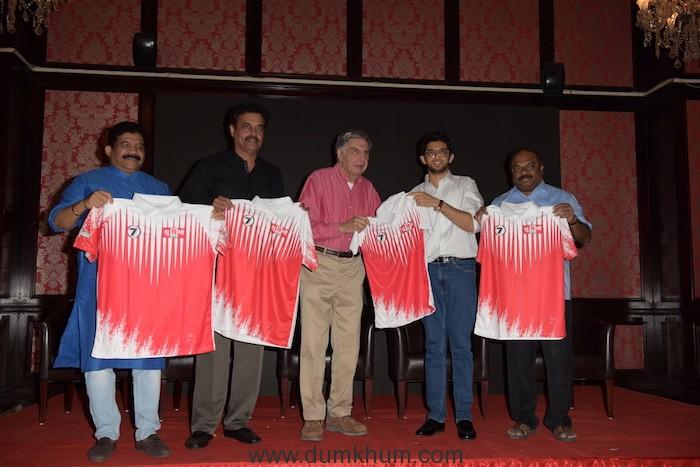 6. Sanjay Potnis, Dilip Vengsarkar, Ratan Tata, Aditya Thackrey and Anil Parab unveiling Supremo Chashak 2018 2018
