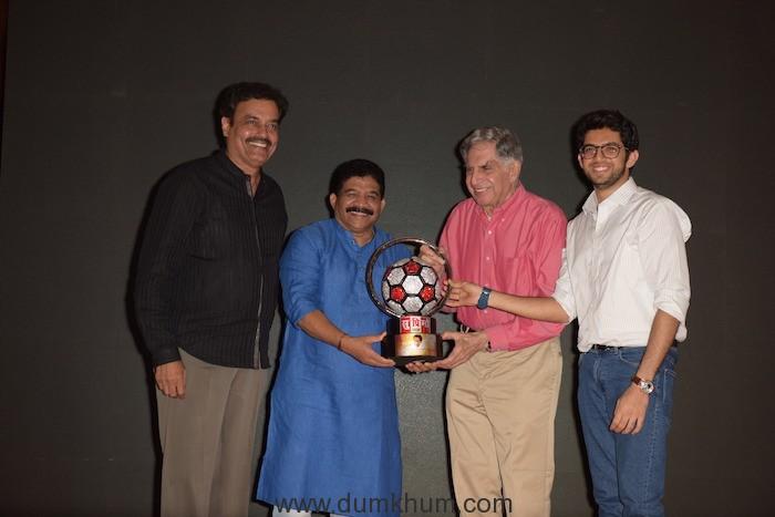 7. Sanjay Potnis, Dilip Vengsarkar, Ratan Tata, Aditya Thackrey unveiling Supremo Chashak 2018 KPP_9194