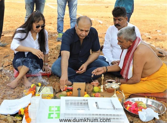 Ashutosh Gowariker & Nitin Desai recreate The Majestic Shaniwar Wada for Panipat (2)