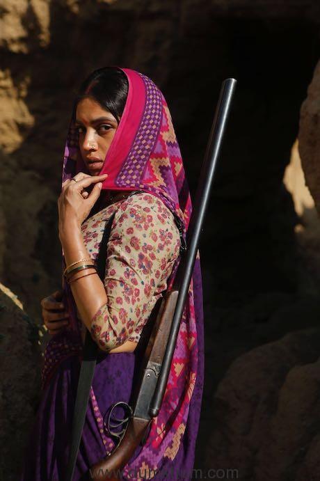 Bhumi Pednekar to be seen in a fierce role in Abhishek Chaubey's upcoming 'Sonchiriya'