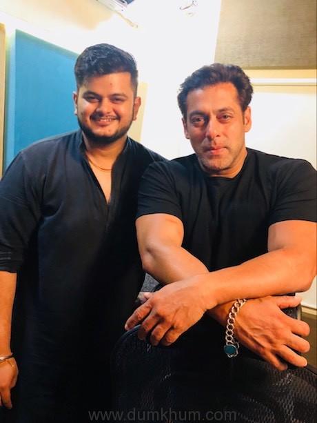Vishal Mishra and Salman Khan