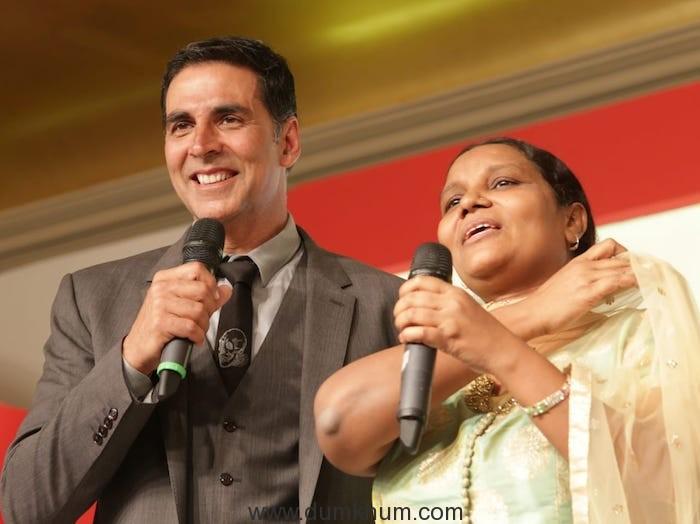 Akshay Kumar with Parveen Sheikh