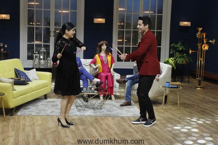 Iqbal Khan playing dandiya with wife sneha on sets of JuzzBaatt 1