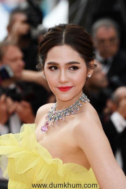 L'Oréal Paris ambassador Chompoo on Day 6 of red carpet at Cannes Film Festival 2018 (1)