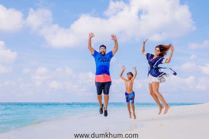 Shilpa Shetty flies off to the Maldives to unwind. -