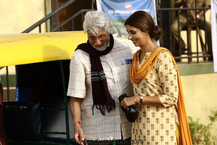 Shweta Bachchan Nanda makes acting debut with father Amitabh Bachchan in Kalyan Jewellers' heart-warming TVC-2