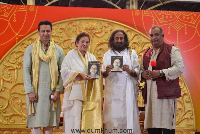 2. Swaraaj Kapoor, Shri Shri Ravi Shankar , Meera (Mira) Upadaya's & Col Shyam sharma (2)