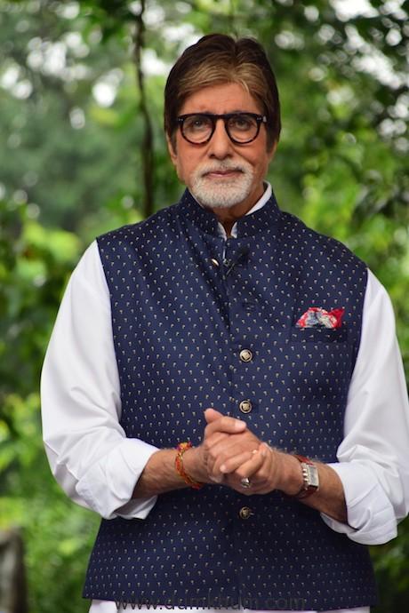 Amitabh Bachchan 77 (7)
