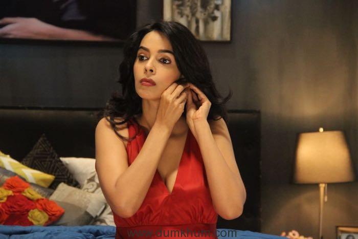 Mallika Sherawat chooses ZEE5 for her web-series debut!