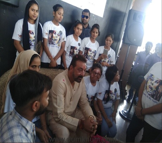Sanjay Dutt makes a surprise visit to Sheroes Hangout café in Lucknow