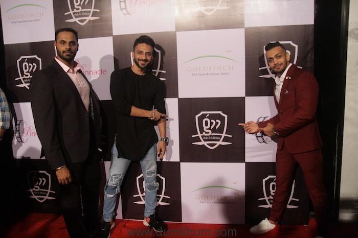 Ali Merchant with the owner Shivraj Shetty & Kunal Jhaveri (2)