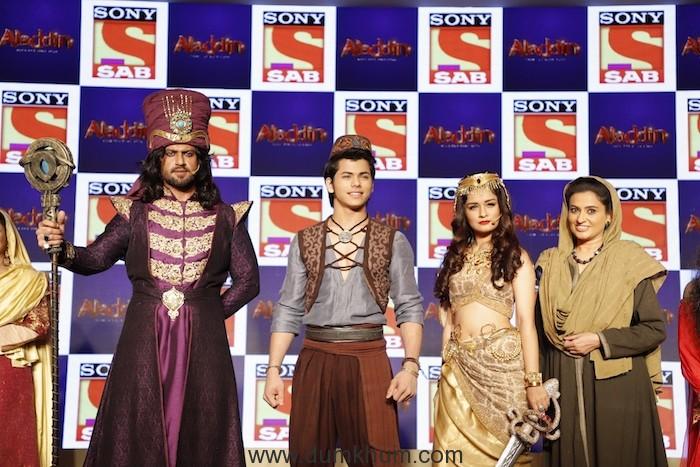 Amir Dalvi as Zafar, Siddharth Nigam as Aladdin, Avneet Kaur as Yasmine ...
