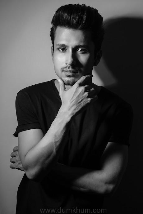 Amol Parashar's 'Ready To Mingle'