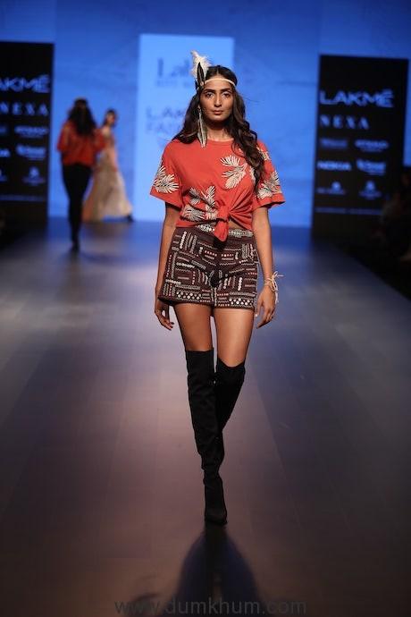 Label Ritu Kumar at Lakme Fashion Week (1)