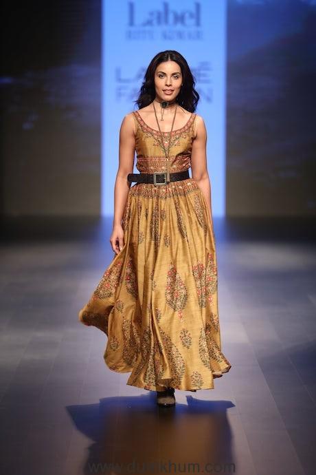Label Ritu Kumar at Lakme Fashion Week (4)