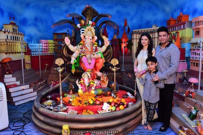 Bhushan Kumar and Divya Khosla Kumar Ganpati Sthaapna Puja