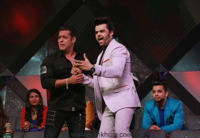Maniesh Paul & Salman Khan (4)