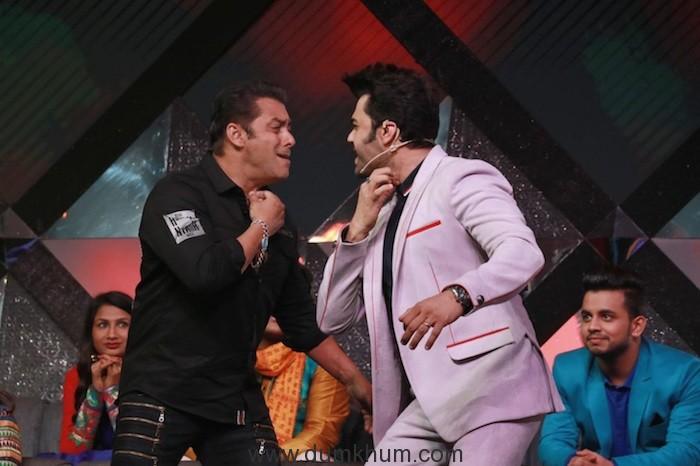 Maniesh Paul & Salman Khan (5)