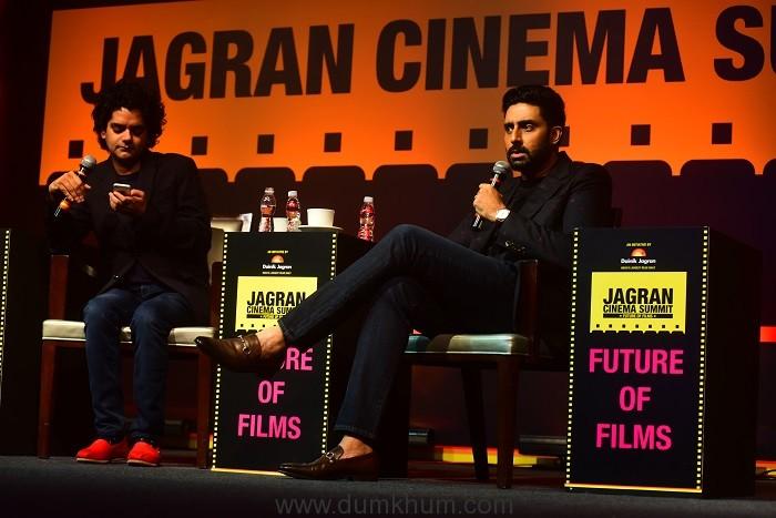 Mayank Shekhar in conversation with Abhishek Bachchan, at the Jagran Cinema Summit (3)