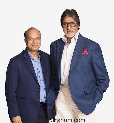 Mr. Rajendra Agarwal, Mentor with the Brand Ambassador of the Power Brand GRADO, Mr. Amitabh Bachchan