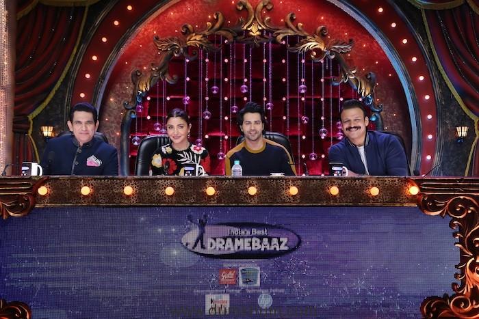 Omung Kumar, Anushka Sharma, Varun Dhavan and Vivek Oberoi