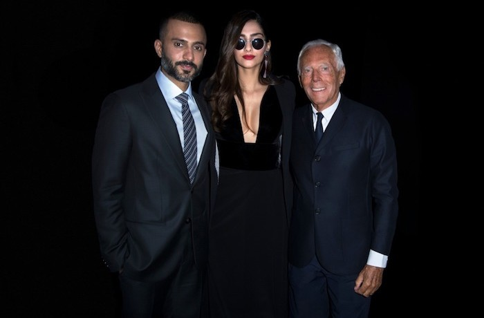 SONAM K AHUJA AND ANAND S AHUJA MEET MR. GIORGIO ARMANI AT THE BRANDS SS'19 FASHION SHOW