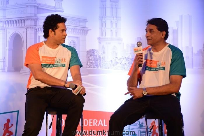 Sachin Tendulkar, Brand Ambassador with Vighnesh Shahane, CEO - IDBI Federal Life Insurance (1)