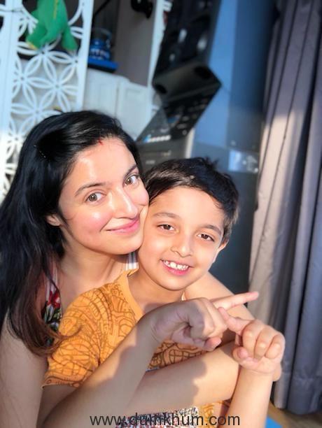 Divya Khosla Kumar with son Ruhaan on his 7th birthday -1
