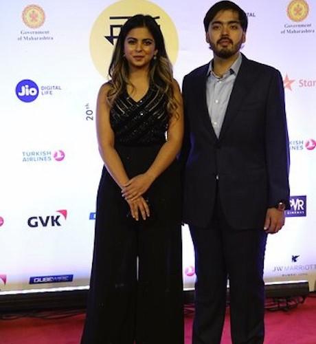 JIO MAMI 20th MUMBAI FILM FESTIVAL WITH STAR  Opens the festival at Mumbai's Iconic venue – The Gateway of India