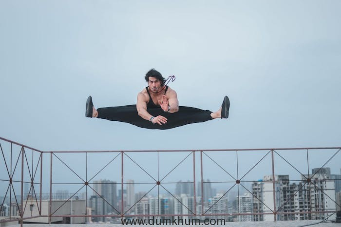 MALKHAN SINGH TAKES HIS LOVE FOR FITNESS TO A WHOLE NEW LEVEL-