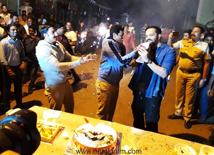 Ranveer-Rohit celebrates Siddharth Jadhav's B'day !