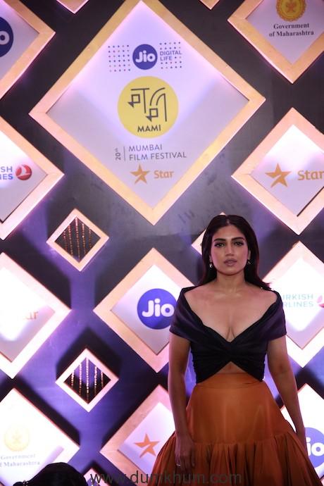 Bhumi Pednekar at the closing ceremony of Jio MAMI 20th Mumbai Film Festival with Star.JPG