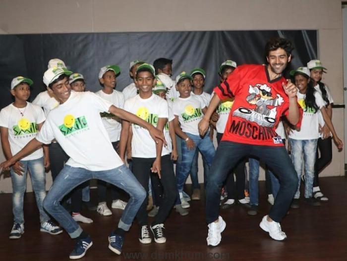 Kartik Aaryan celebrates children's day with the kids at Smile Foundation!--