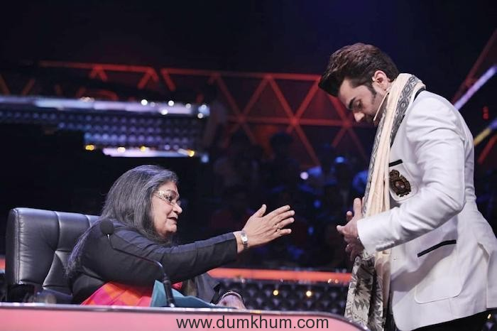 Maniesh Paul wins Usha Uthup's heart too.--