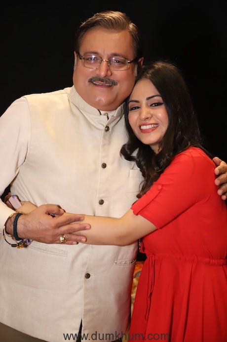Manoj Joshi as Sanjeev Saklecha & Manisha Rawat as Rumi in Sony SAB's Mangalam Dangalam